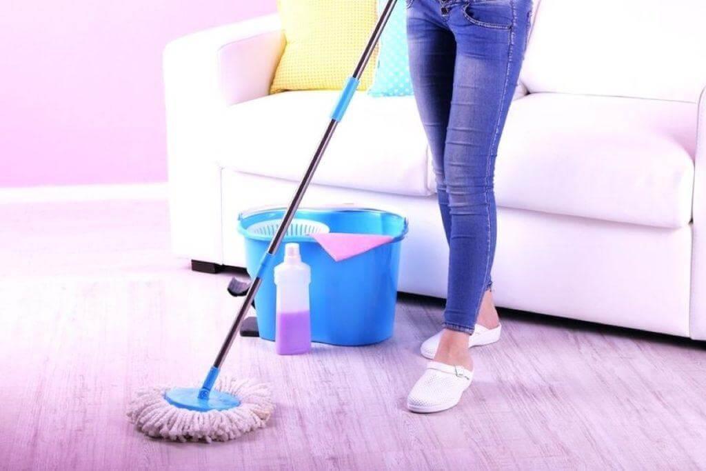 πως καθαρίζουμε το δάπεδο