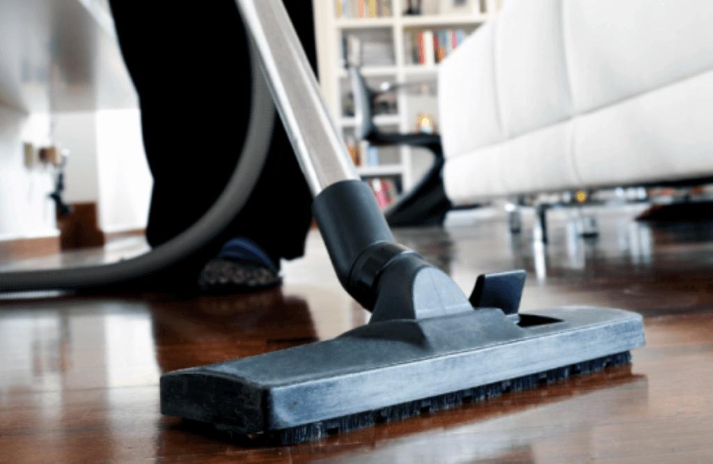 συμβουλές καθαριότητας ξύλινων δαπέδων