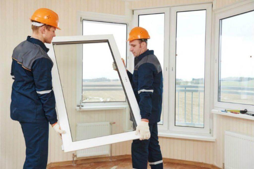 προστασία από τις εξωτερικές συνθήκες με μπαλκονόπορτες και παράθυρα πριν το πάτωμα λαμινέιτ