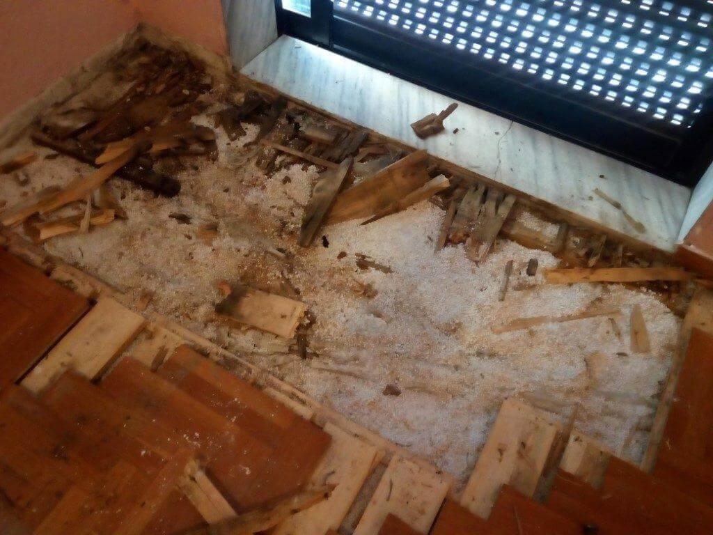 τεχνίτης πατωματάς αποκατάσταση ζημιάς από υγρασία
